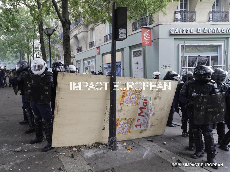 1er mai: forte mobilisation en France et violences à Paris