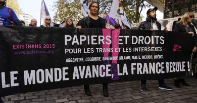 """""""Des droits humains pour les personnes transgenres et intersexes"""", le marche dans les rues à Paris"""