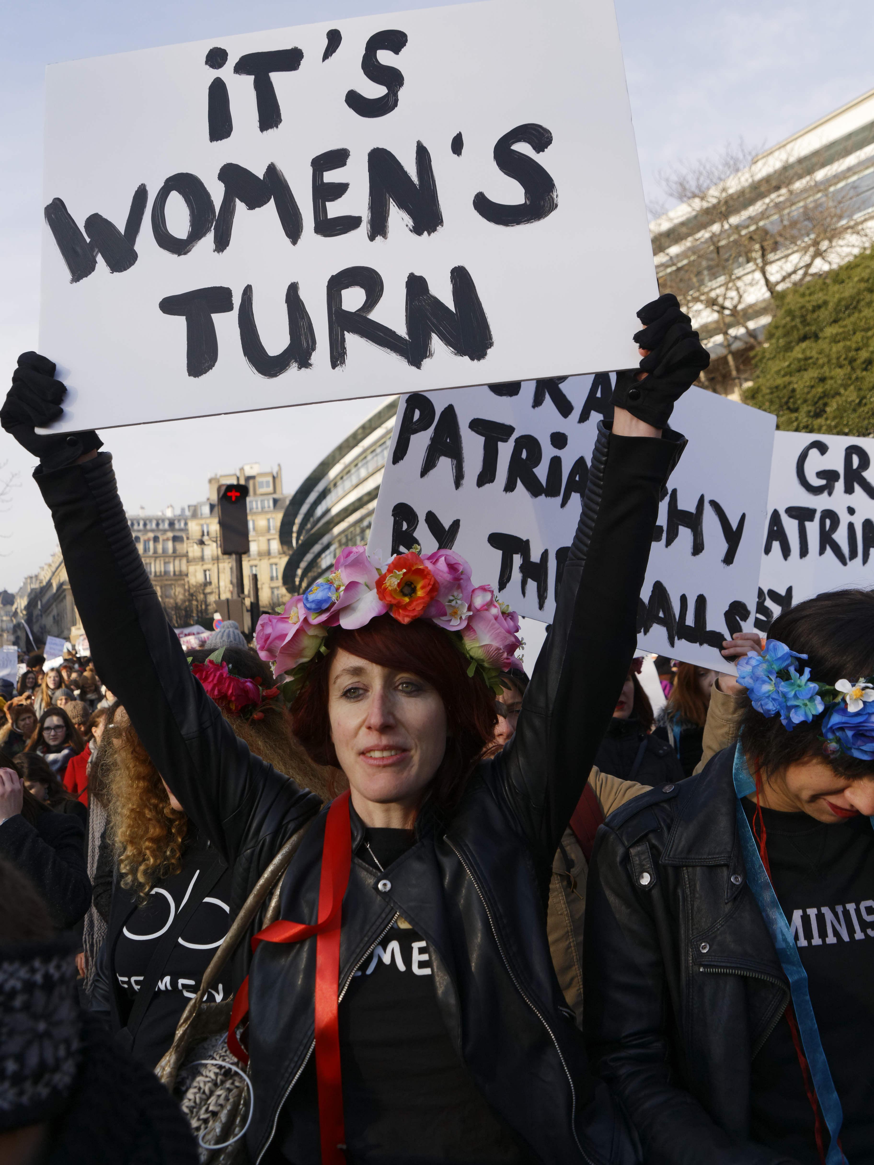Women's March : contre Donald Trump, au moins 7.000 personnes se sont rassemblées en France