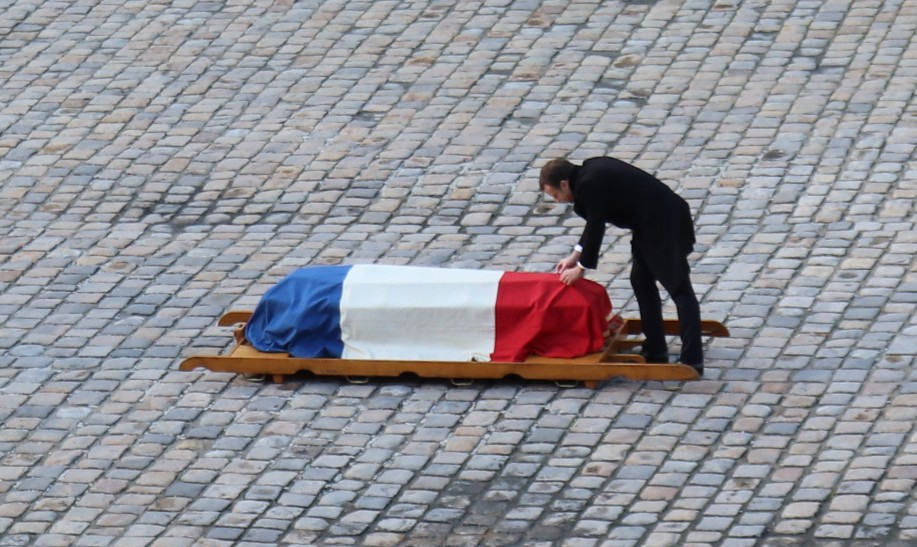 Hommage national à Jean d'Ormesson:  une cérémonie présidé par Macron