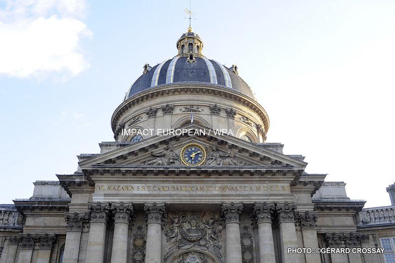 Emmanuel Macron a présenté devant l'Académie française son plan pour développer la francophonie