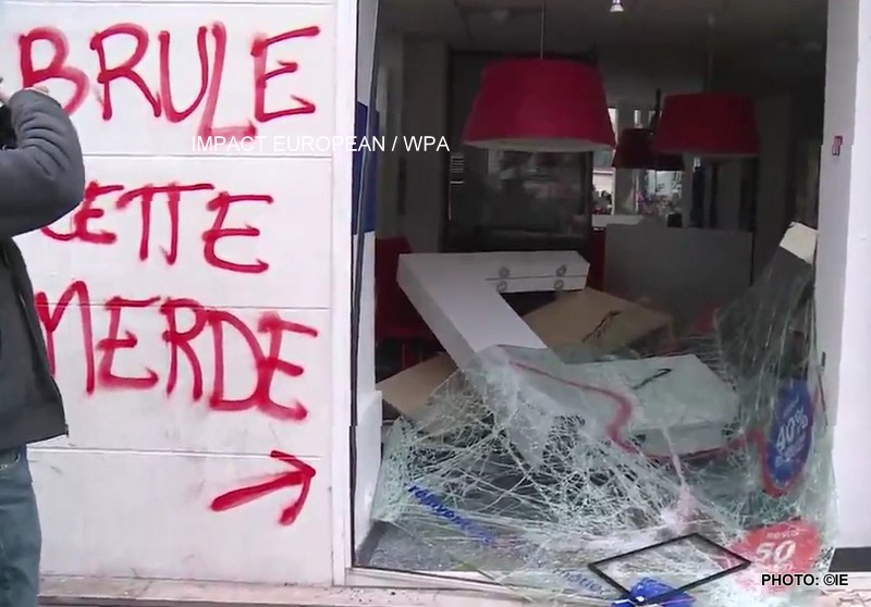 MOBILISATION SOCIALE: La France manifeste, les cheminots, fonctionnaires, contrôleurs aériens mais aussi plusieurs catégories de salariés