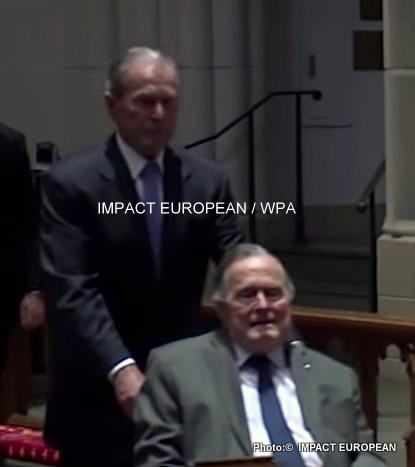 Georges Bush rejoint sa femme Barbara