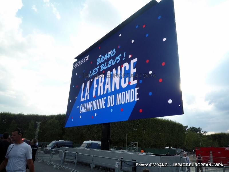 20 ans après, l'équipe de France fait vibrer le pays