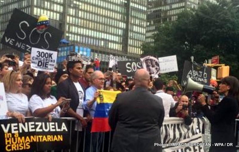 L'ambassadrice américaine à l'ONU a participé à une manifestation anti-Maduro