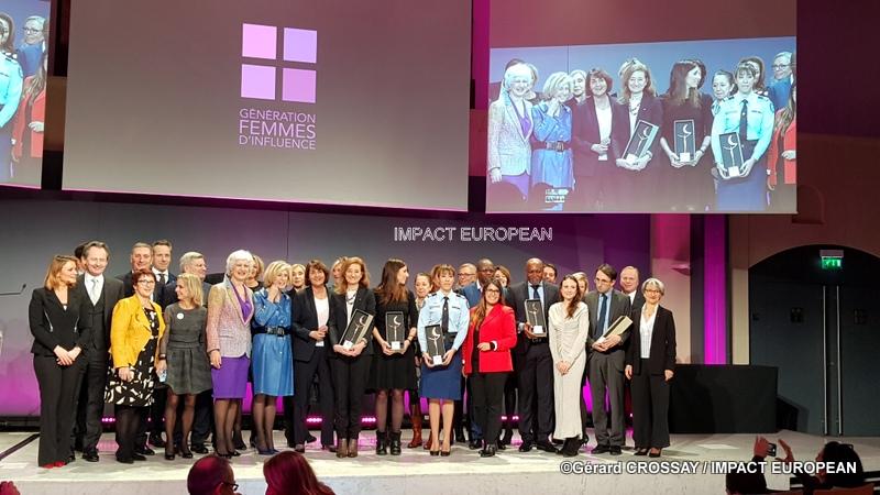 Journée internationale des droits des femmes … une femme … un homme … des femmes