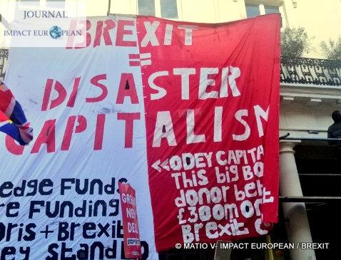 Brexit – Londres: des dizaines de milliers de manifestants pour un second référendum
