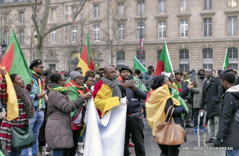Les Camerounais contre le régime de Paul Biya manifestent à Paris