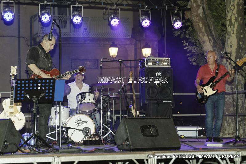Le Trio MADDOGZ en concert à Agde