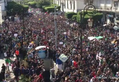 Des milliers d'Algériens manifestent contre un 5e mandat de Bouteflika
