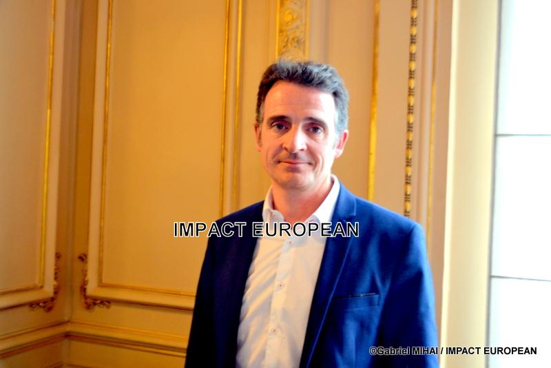 Grenoble a trouvé en Eric Piolle un maire engagé et solidaire