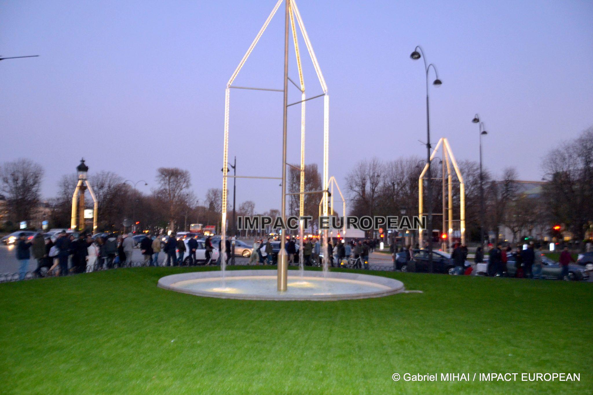 Six nouvelles fontaines de 13 mètres au Rond-Point des Champs Elysées