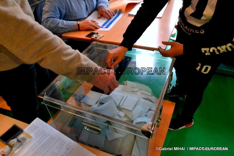 Élections européennes 2019: une estimation de 51% pour les 27 pays de l'UE