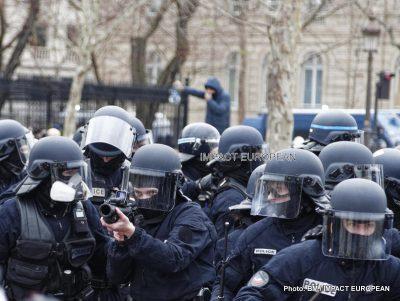 Stop à l'usage du LBD, dans les opérations de maintien de l'ordre en France