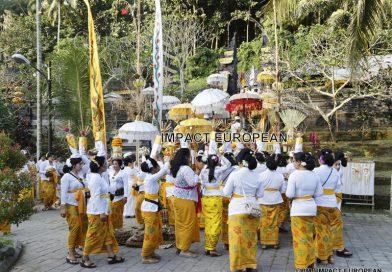 Tumpek Landep, la fête du métal  en Indonésie